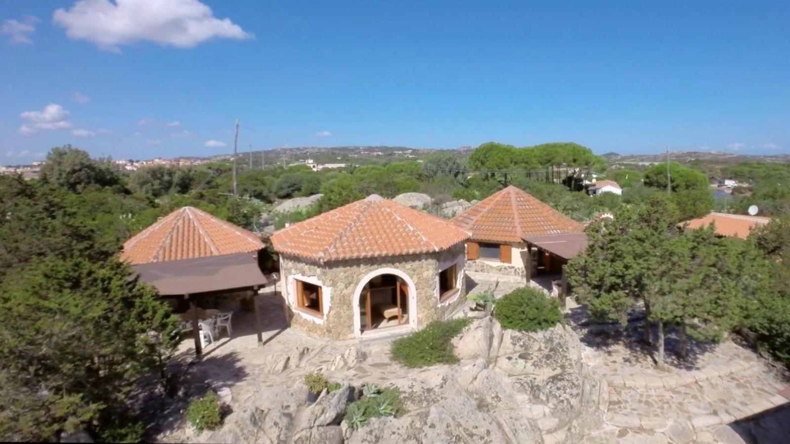 Case al mare ammobiliata la maddalena villa giardinelli for Trova casa in affitto