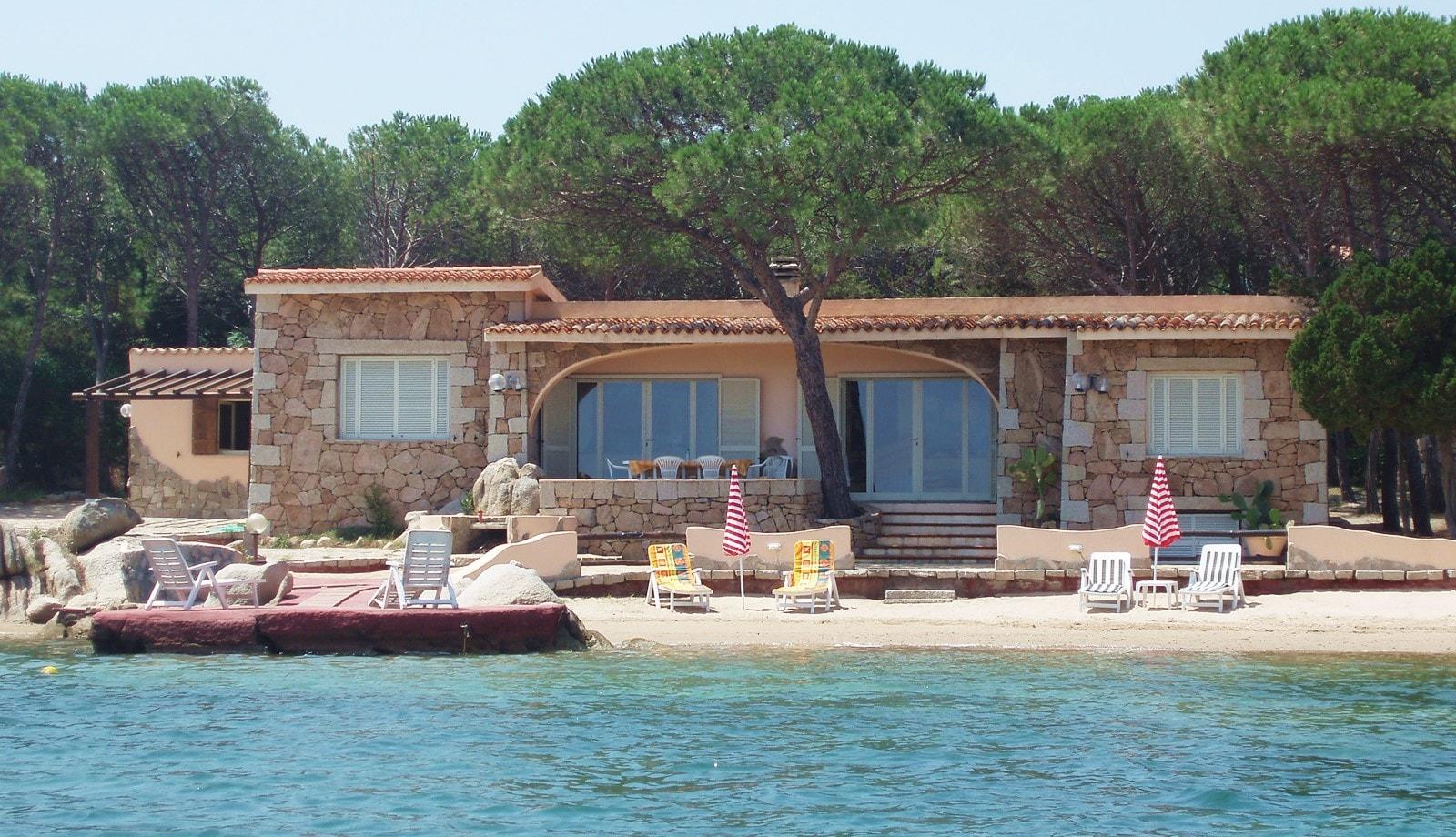 Case al mare ammobiliata la maddalena villa giardinelli - Affittare una casa al mare ...